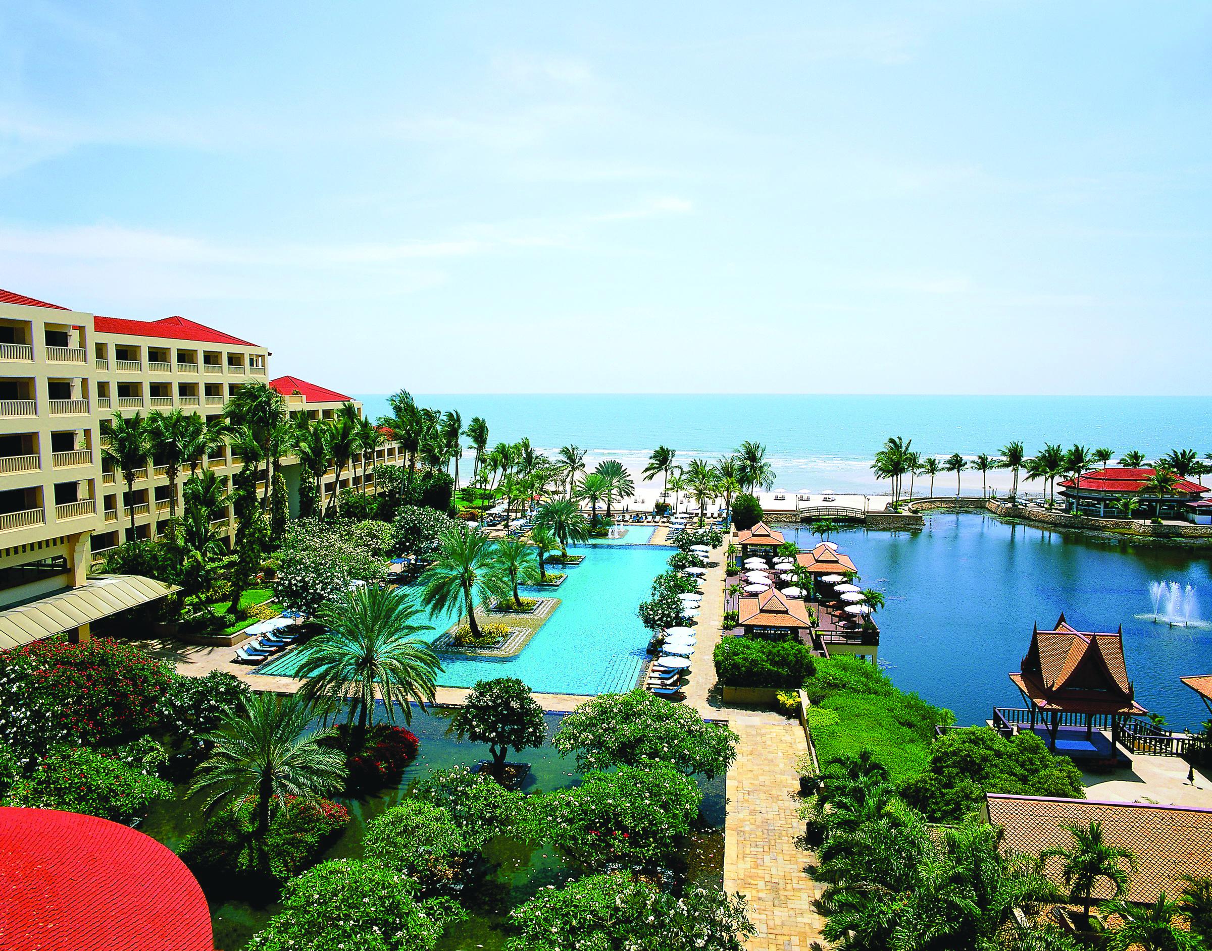 Dusit Thani Hua Hin Over View